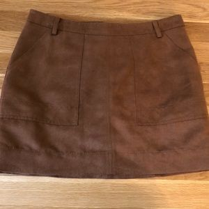 NEW WITH TAGS Faux Suede Hinge miniskirt - Brown
